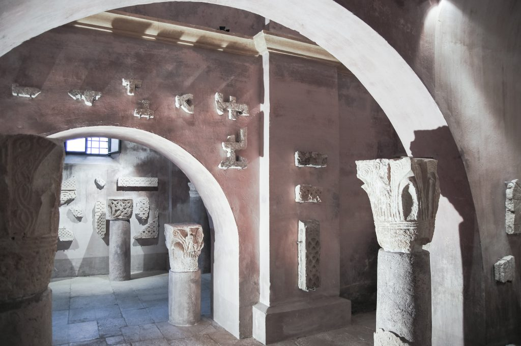 Bale – Lapidarium – Kirche der Heiligen Jungfrau Maria